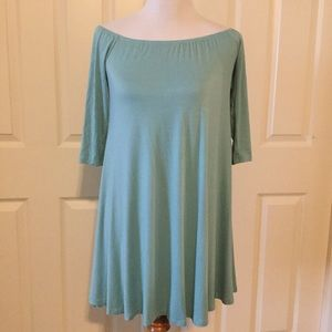 Lulu's Tunic with elastic scoop neck